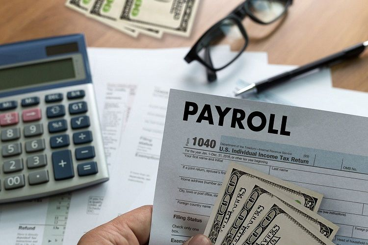 On-time Payroll in business