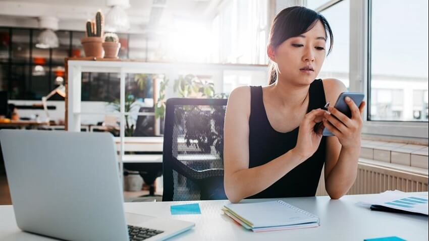 Smartphones - Workplace Productivity Killers